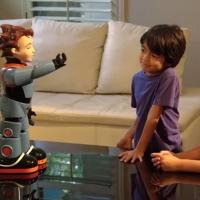 Milo, el robot de aspecto humano que ayuda a niños autistas
