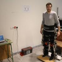 A un paso del Exoesqueleto, que proporcionará autonomía en el movimiento a las personas con atrofias musculares o discapacidades.