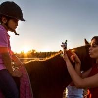 La terapia con caballos despierta del silencio a los niños/as con autismo