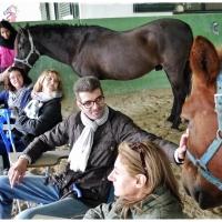 Día de terapia con caballos para personas con esclerósis múltiple de la Asociación emPACENSE