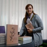 """Los beneficios del libro """"Deseas tener algún poder mágico que lo destruya"""" se donará para investigación sobre el cáncer"""