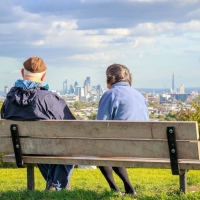 """Así son las """"ciudades amigables"""" con las personas mayores"""