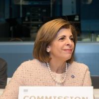 Bruselas lanza un Plan Europeo de lucha contra el cáncer.